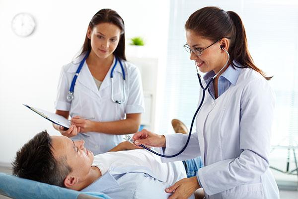 contratación de un seguro de salud