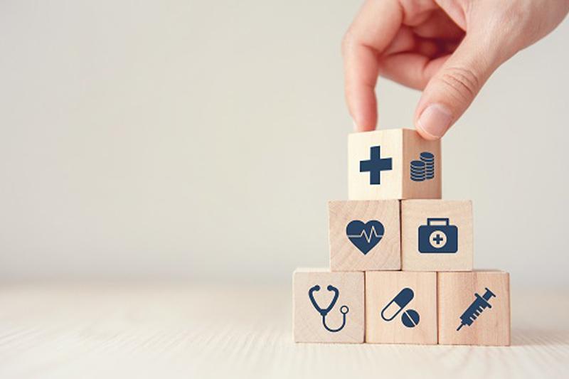 tener un seguro de salud